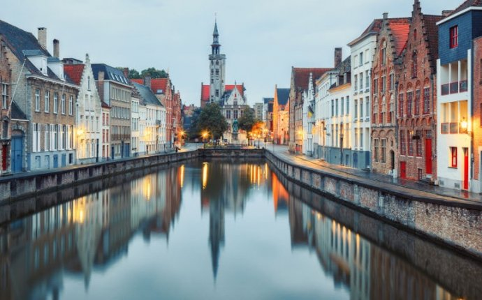 Bruges Tours with local private guides