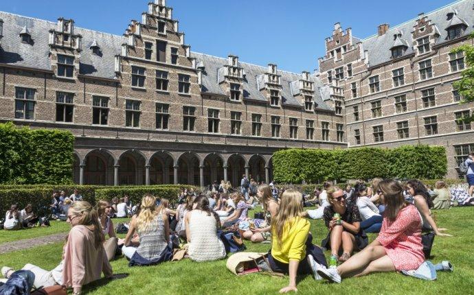 Faculty of Applied Economics, University of Antwerp - Belgium