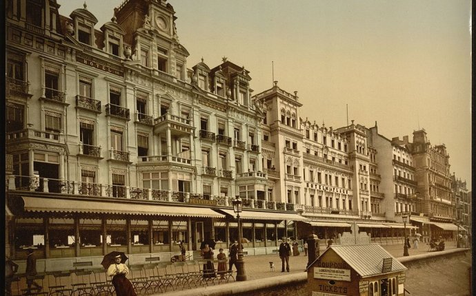 File:The beach and hotels, Ostend, Belgium-LCCN2001697956.jpg
