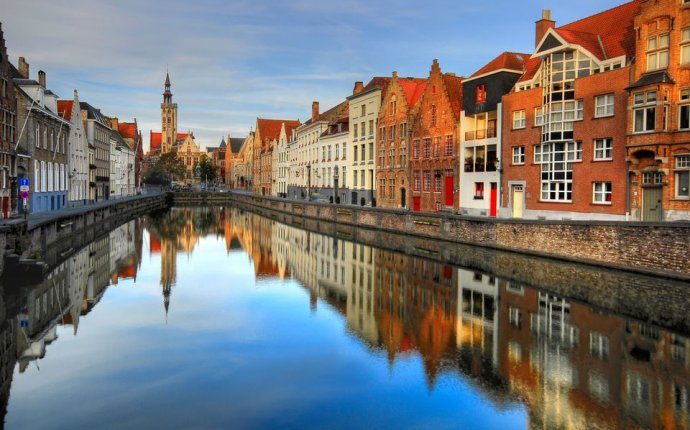 How to Get from Amsterdam to Bruges (Brugge), Belgium