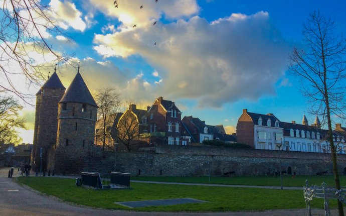 How to get to anywhere Belgium for €7,90 (Go Pass Maastricht)