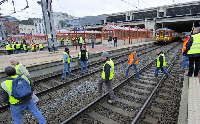 Rail Workers Strike Paralyzes Southern Belgium
