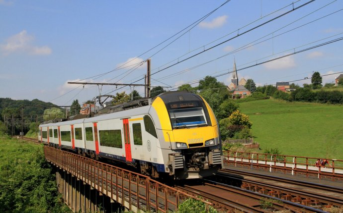 Siemens Desiro ML, SNBC AM08 in Belgium | Trains | Pinterest | Belgium