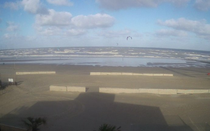 Webcam Knokke Heist beaches. Live weather streaming web cameras