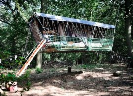 treehouses, love nest, Time Circus, Air Hotel, recycled materials, solar-power, Belgium, green design, sustainable design, eco-design, high-flying hotel rooms, eco-tourism